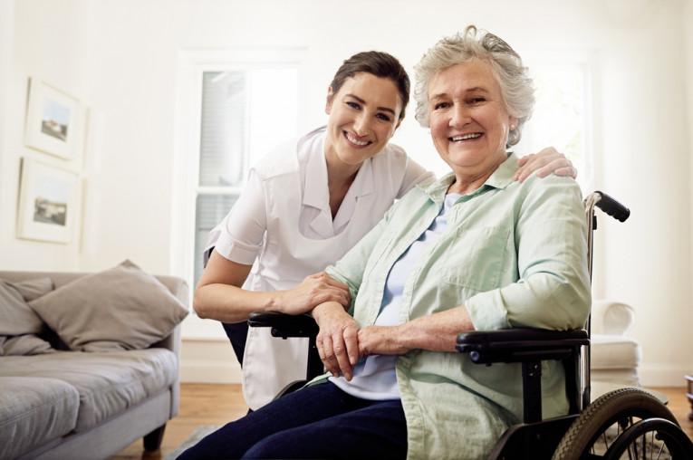 Familiados: ¿Busca un cuidador? Selección de 3 candidatos para que los pueda entrevistar
