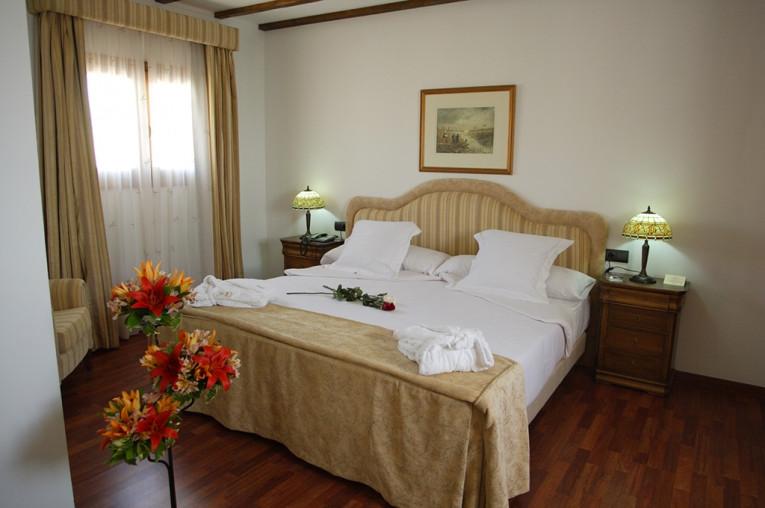 Puerto de Santa María 3, 4, 6, 8 o 15 días en Hotel Bodega Real 4* con A/D o M/P para 2 personas.