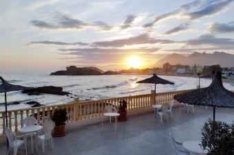 Bahía de Mazarrón, de 2 a 15 días con A/D, M/P o P/C en el Hotel Bahía 3* para 2 personas.