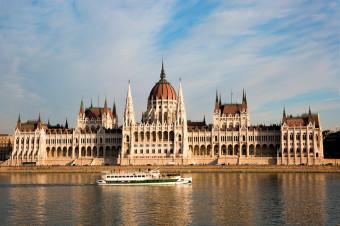 Budapest, 3, 4 o 5 días en hotel de 3* con vuelo incluido (i/v) para 2 personas