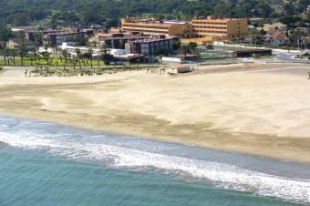 Castellón, 2, 3, 4, 6 u 8 días en habitación doble y P/C en el Hotel Golf Playa 4* para 2 personas.