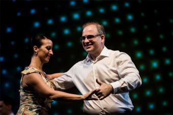 Aprenda, baile, disfrute: Cursos de baile de salón para 1 o 2 personas durante 3, 6, 9 o 12 meses