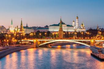 Rusia, 8 días en Moscú y San Petersburgo en hotel de 3* con vuelo incluido (i/v) para 2