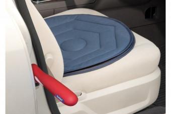 Mejore la accesibilidad a su vehículo con el disco giratorio y el mango antideslizante (handy bar)