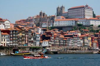 Oporto, 3, 4 o 5 días en hotel de 3* con vuelo incluido (i/v) para 2 personas