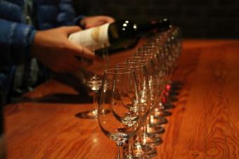 Iníciese en la cata de vinos con los cursos para 1, 2 o 4 personas de Divinum Barcelona