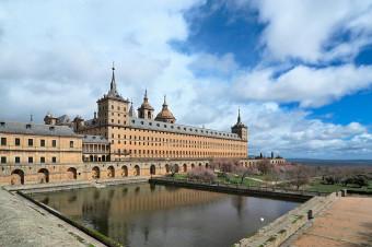 Busvisión: Admire la gran obra arquitectónica de El Escorial y El Valle de los Caídos con i/v