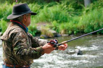 Consiga su licencia para actividades de caza y pesca con Gestoría Pons