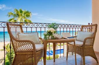 Denia 1, 2, 3, 5 o 7 noches en A/D y habitación con vistas al mar en el Hotel Los Ángeles 4* para 2