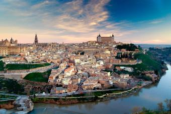 Busvisión: Disfrute de medio día de historia, arte y cultura en Toledo en viaje de i/v