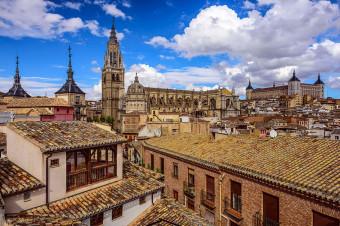 Busvisión: Déjese atrapar por la belleza monumental de Toledo y Segovia, en viaje de i/v