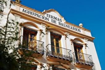 Hotel-Balneario Villavieja 3*: De 1 a 7 noches con A/D, M/P o T/I y circuito termal diario para 2