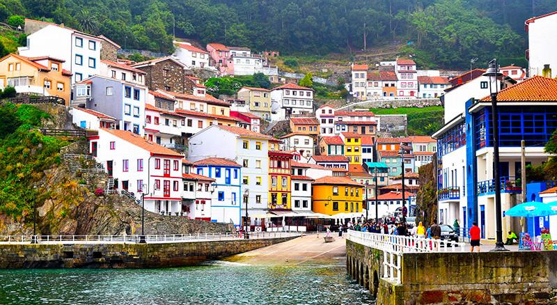 Top 7 pueblos marineros con encanto en España